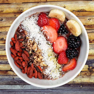 (4) Tips to Keep You Healthier This Holiday Season + Healthy Dessert