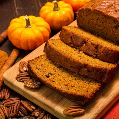 Cinnamon Scented Pumpkin Bread with Roasted Pecans